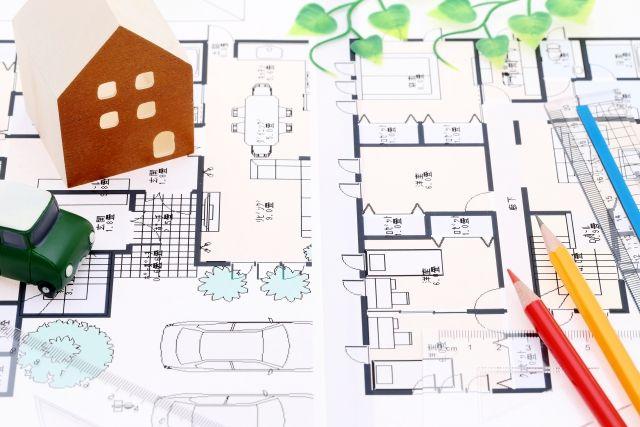 鉛筆と設計図